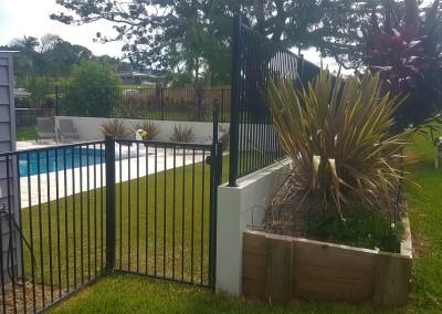 Aluminum Black Flat Top Pool Fencing In Ewingsdale